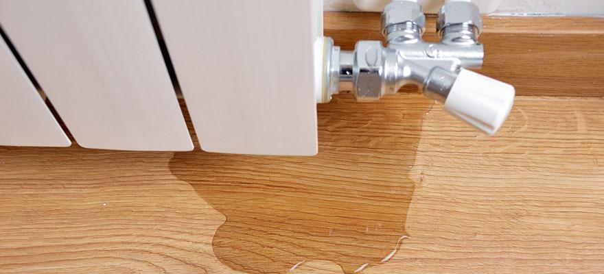 Water leak through the heating radiator